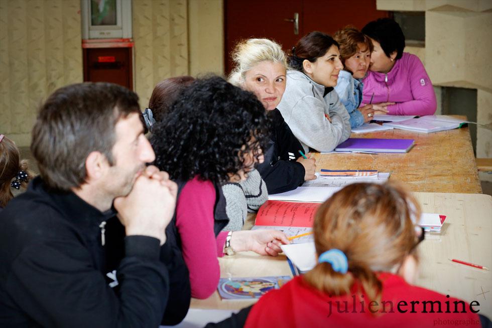 L'association «Un toit c'est un droit» dispense à Rennes, en plus de nombreuses aides, des cours d'apprentissage de la langue française.