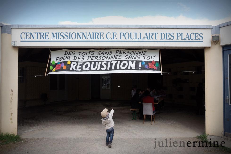 L'Église St marc à Rennes, réquisitionné par le collectif de défense des sans-papiers «In toit c'est un droit».